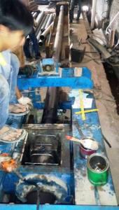 tiang listrik besi